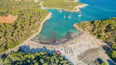 Pláž Cala Amarador Mallorca, foto: dronepicr