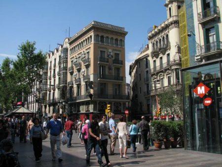 Barcelona-La_Rambla_el_Raval